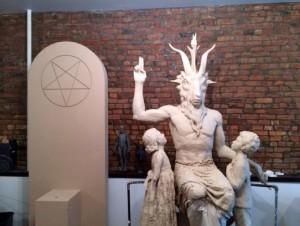 estatua-diabo-sata-eua